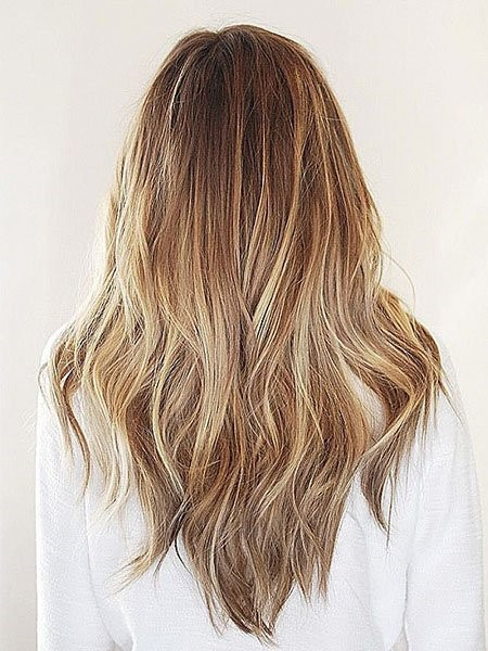 layered-V-cut-hairstyle